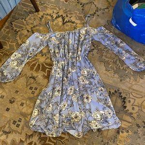 Soprano xs floral dress